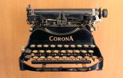 1024px-Musée_des_arts_et_métiers_-_Corona_typewriter