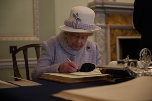 HM-The-Queen-Writing